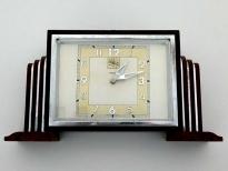Klok in kathedraalstijl