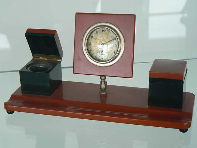 Bureauset met klok