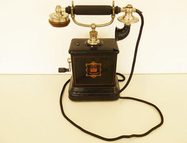 Telefoon, 1905.